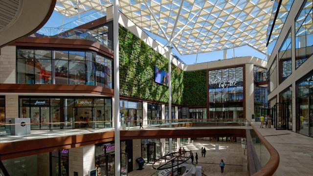 Le Prado shopping centre