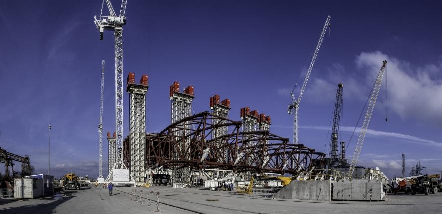 Novembre 2012 : première opération de levage de l'arche - ® Jean-Yves Govin Sorel