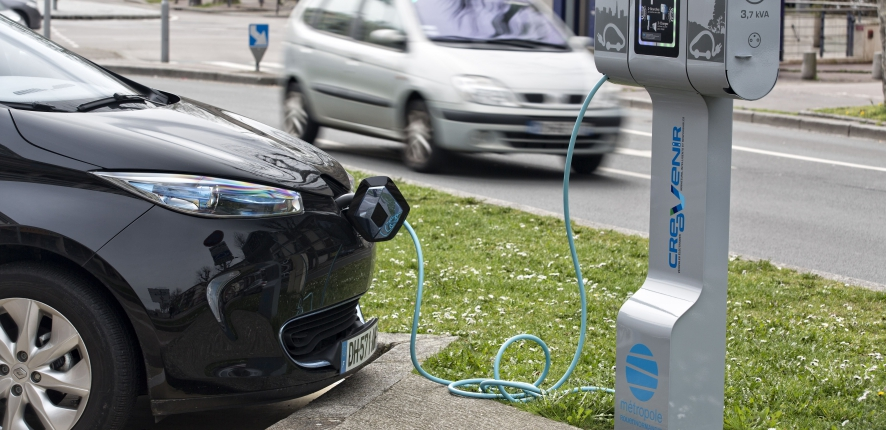 vehicle charging stations Alize