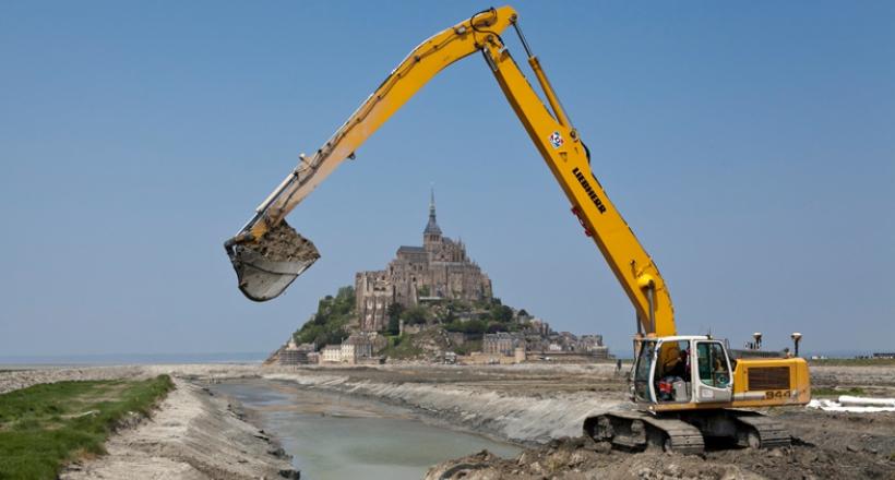 Désensablement du Mont Saint Michel