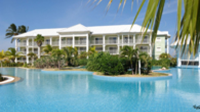 The 5-star Laguna del Este 3 hotel