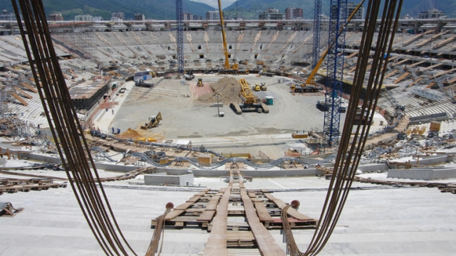 Levage lourd du stade Maracanã, Brésil