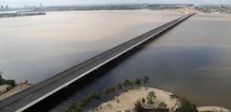Inauguration du pont Henri-Konan-Bédié à Abidjan : un nouvel axe routier pour désengorger la ville